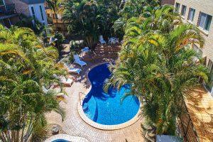 Diamond Beach Resort, Cabarita Beach poolside
